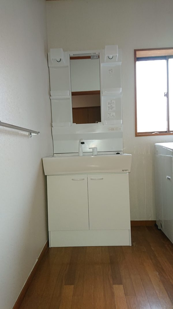 上越市K様/洗面台とトイレの入れ替え工事のサムネイル